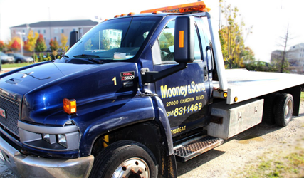 Mooney & Son's Towing | Beachwood, OH